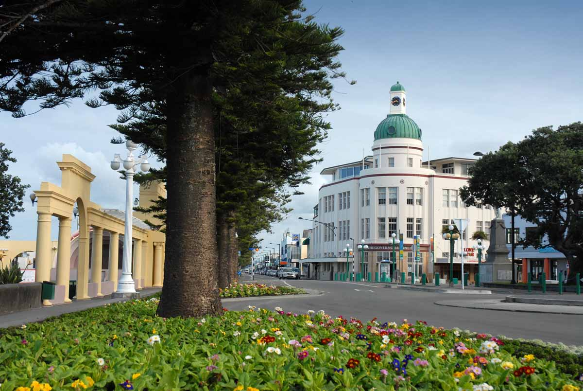 napier new zealand travel rocks our world